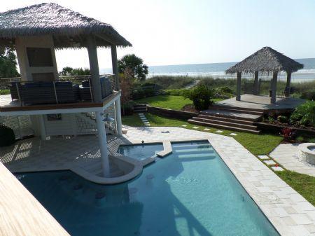Overlooking the Pool - 99 - Hilton Head - rentals