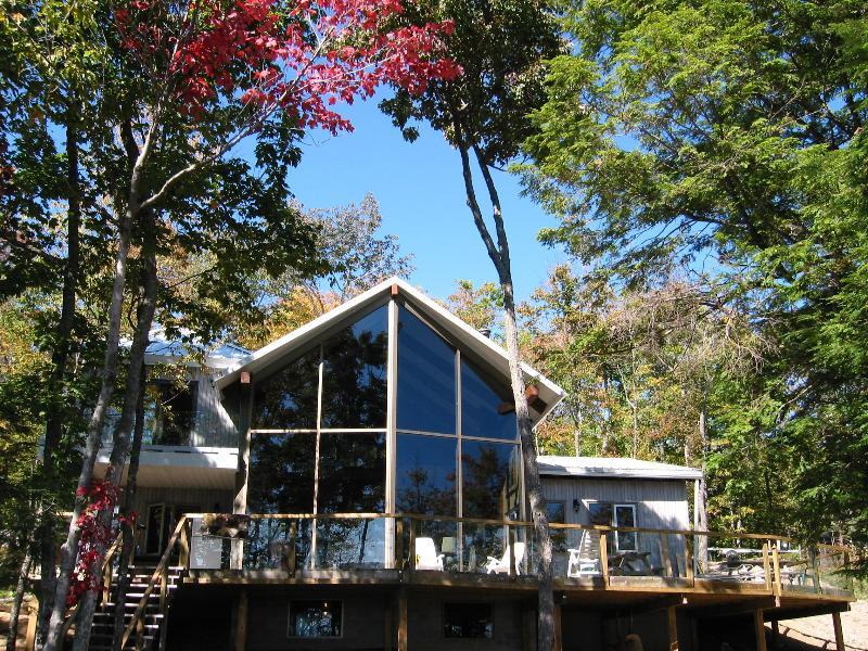 Enormous cottage sleeps 15 on a pristine lake - Image 1 - Plevna - rentals