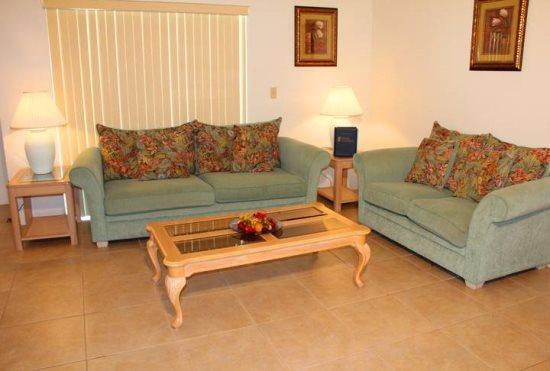 3 Bedroom 2 Bathroom Pool Home in Indian Ridge. 2157 - Image 1 - Orlando - rentals