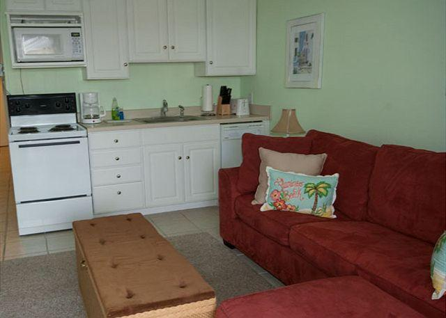 Seaside Villa 360 - 1 Bedroom 1 Bathroom Oceanside Flat Hilton Head, SC - Image 1 - Hilton Head - rentals