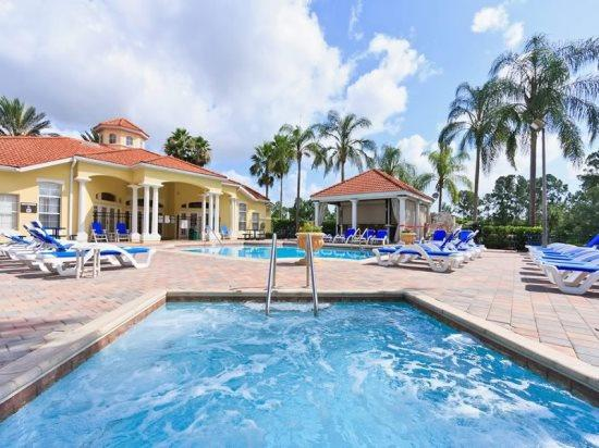 3 Bedroom 2.5 Bath Town House in Emerald Island Resort. 2771SKP - Image 1 - Four Corners - rentals
