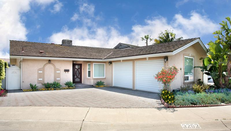 Front View - Luxurious & Opulent Villa Red Diamond---Monthly!! - Huntington Beach - rentals