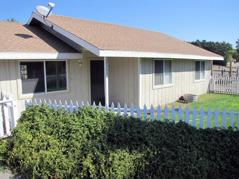 The Farmhouse - Vacation Rental - Image 1 - Paso Robles - rentals
