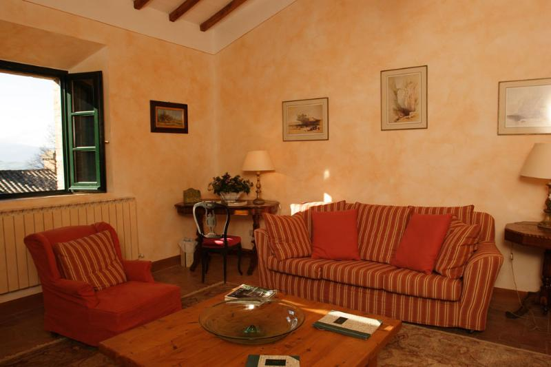 La Chiara - Vespa - Image 1 - Chianciano Terme - rentals