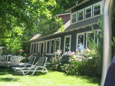 Deck on front of house - Poplar Lodge - Beulah - rentals