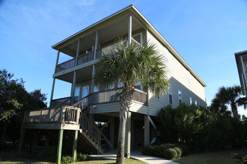 'Who Cares'? B - 4bd/3.5ba Waterfront Duplex - Image 1 - Gulf Shores - rentals