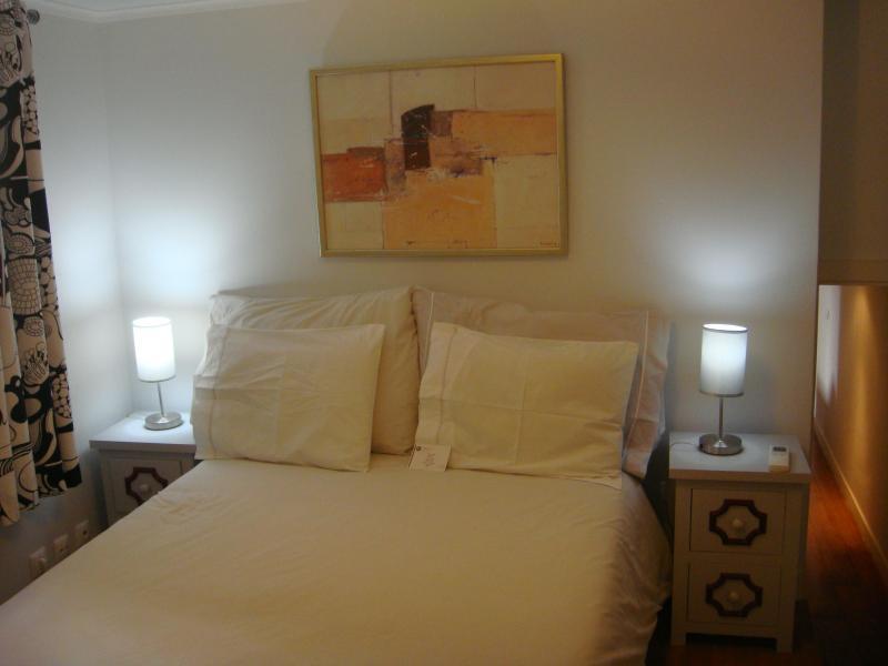 Bedroom 1 - Lisbon Inn 0 is in Lisbon Center - Santa Lucia - rentals