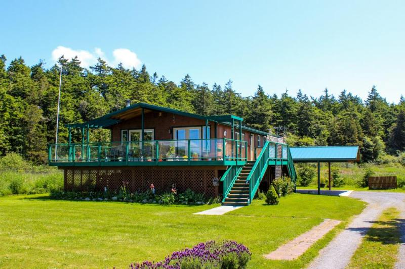 Unique waterfront home with lake & ocean views plus private sauna! - Image 1 - Lopez Island - rentals