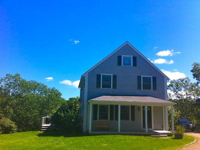 Classic Vineyard House Close To Long Point Beach (369) - Image 1 - Massachusetts - rentals