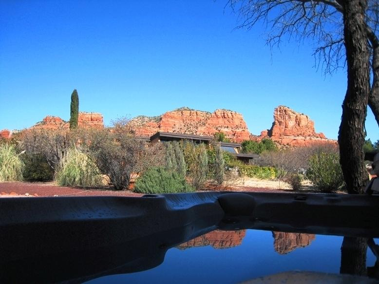 Red Rock View from Hot Tub - Reviews say It All, Red Rock Views, All Amenities - Sedona - rentals