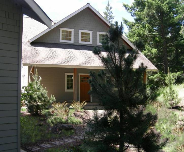Lovely Craftsman-style home w/ tranquil views & nearby beach access! - Image 1 - Eastsound - rentals