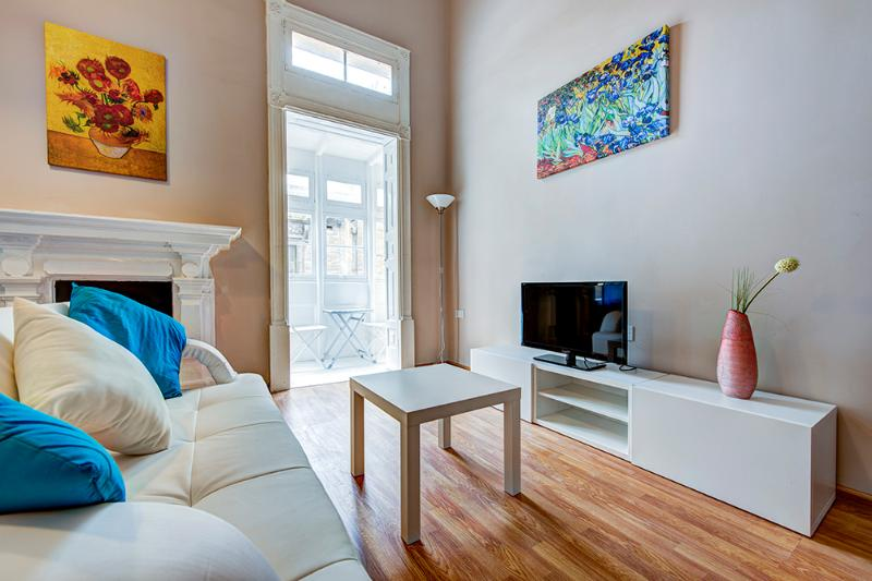021Foremost Location, Stylish Sliema 1-bedroom Apt - Image 1 - Sliema - rentals