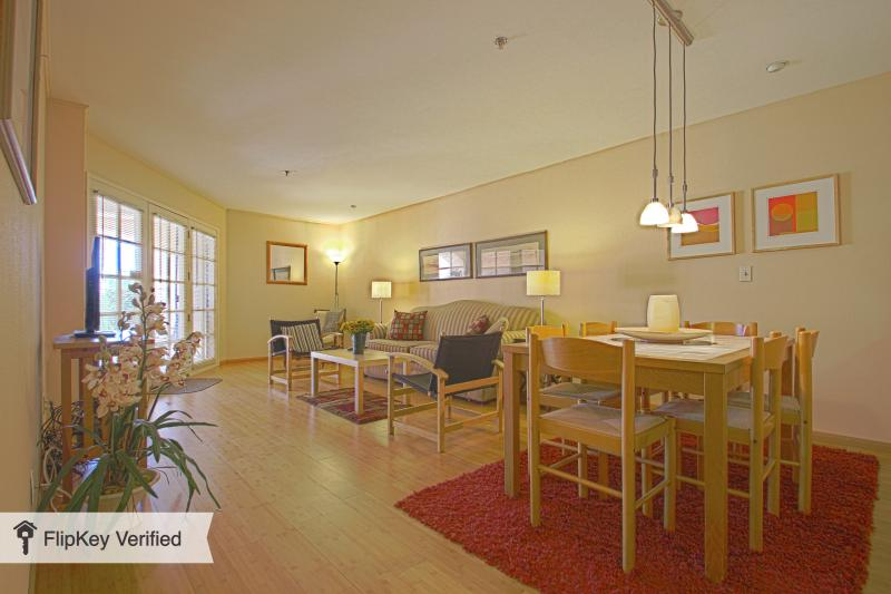 Downtown Palm Springs Condo - Ground Floor - Image 1 - Palm Springs - rentals