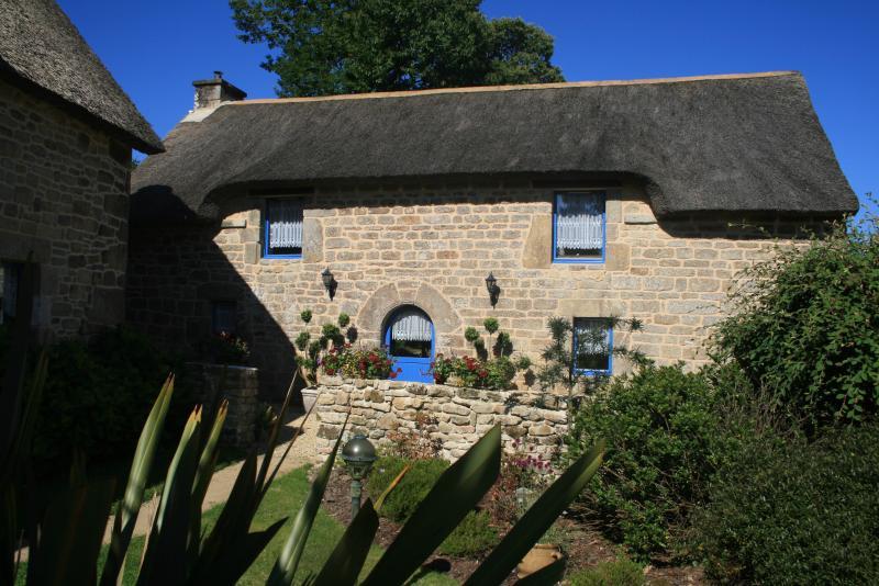 La Grange, spacious 3 bedroomed thatched cottage - La Grange - Quistinic - rentals