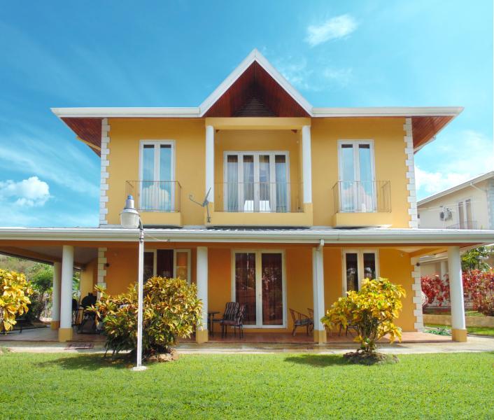 """Welcome Home"" - KATSAMADA VILLA - Lambeau - rentals"