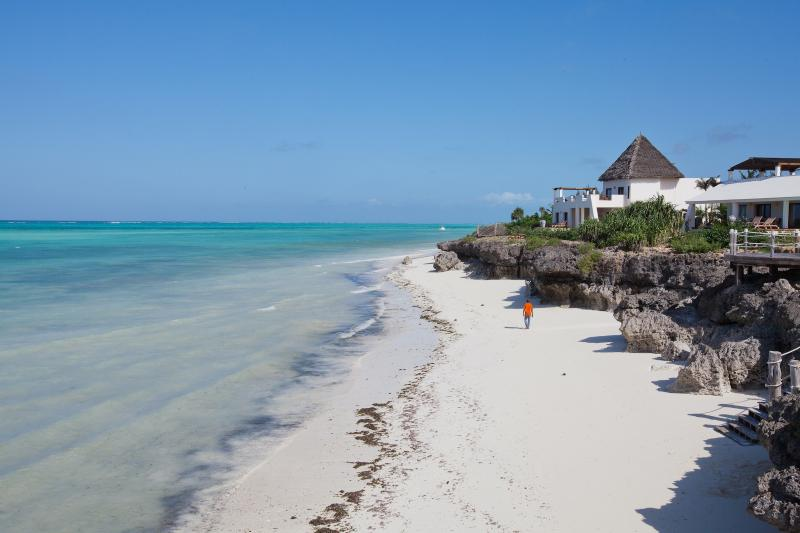 Fabulous tidal beach, you can walk for miles - Beachfront Villa in Zanzibar - Zanzibar - rentals