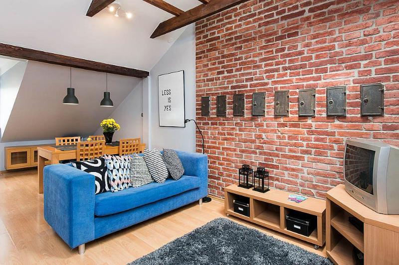 Attic - cosy 1 bedroom - Image 1 - Krakow - rentals