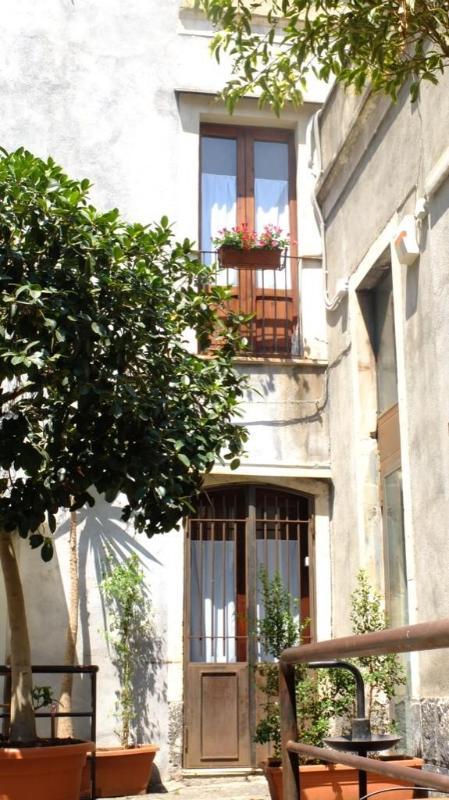 L4 |FK Loft close the opera house - Image 1 - Catania - rentals
