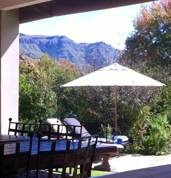 View from Patio - Cathkin Cottage - uKhahlamba-Drakensberg Park - rentals