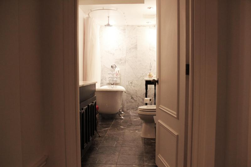 Bathroom - Stylish Unique Professional OLD MONTREAL condo - Montreal - rentals