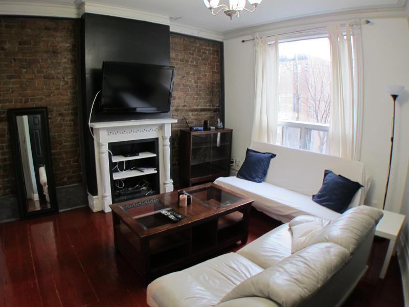 Amaryllis Flat - 2 Beds, 1 Bath - Image 1 - Montreal - rentals
