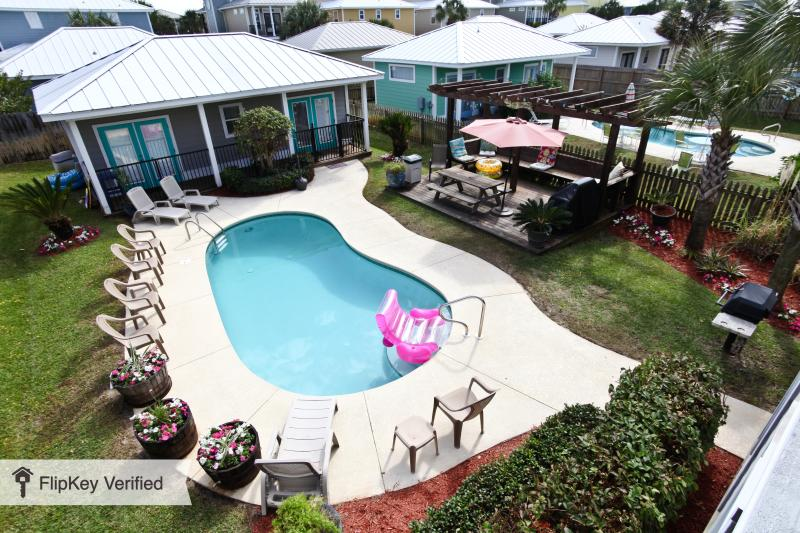 View of Private Pool and Pool House from 3rd floor balcony - *Jan-Feb avail long term*Prvt Pool*Wlk2Bch*Slps20* - Destin - rentals