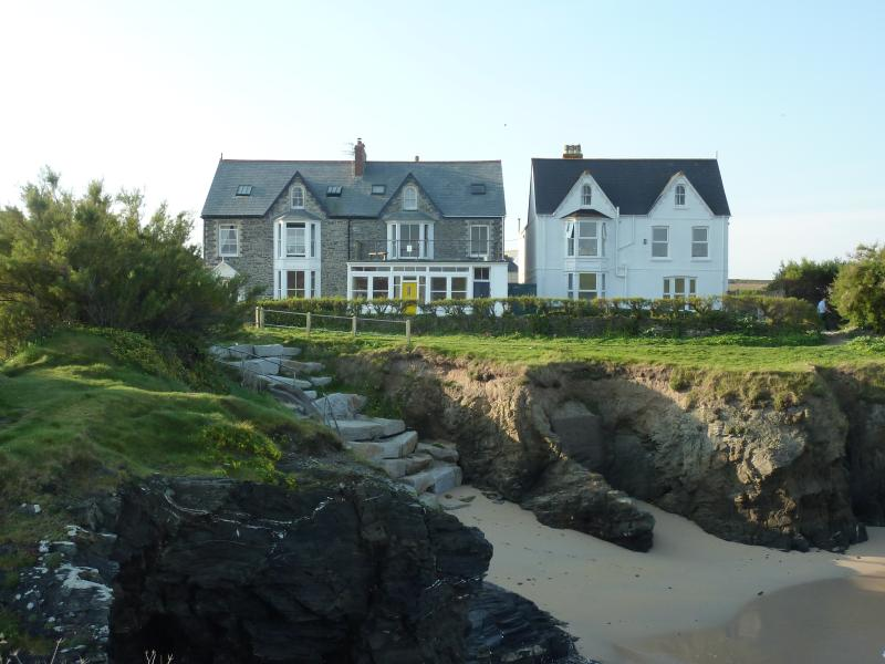 View of Craig-y-mor from the beach - Craig-y-mor - Padstow - rentals