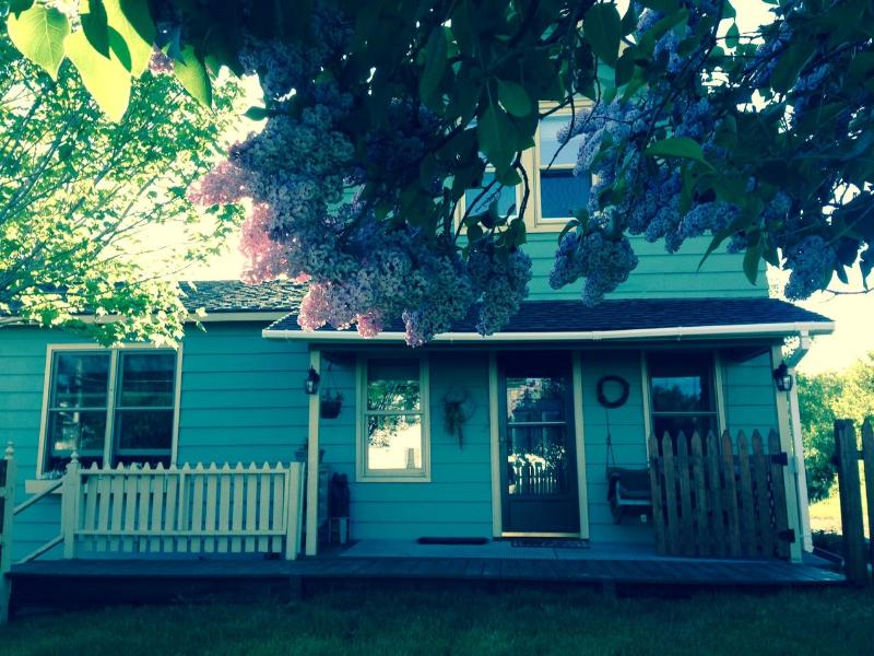 Early June 2014, Smell the Lilacs - Charming Village Home: Lake Placid - Lake Placid - rentals