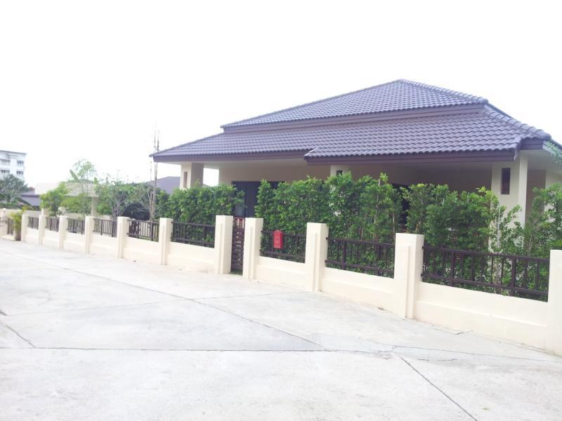 Villas for rent in Hua Hin: V6108 - Image 1 - Hua Hin - rentals