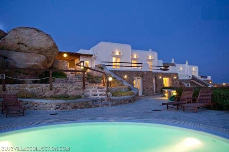 Phaedra - Spacious villa with private pool - Image 1 - Mykonos Town - rentals
