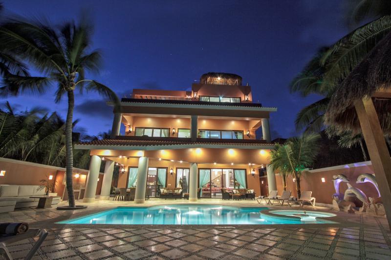 Luxurious beachfront Soliman Bay villa Lol-Beh - Image 1 - Tulum - rentals