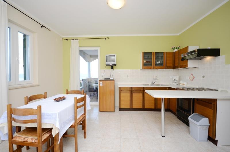 Apartments Erika - 61341-A2 - Image 1 - Moscenicka Draga - rentals