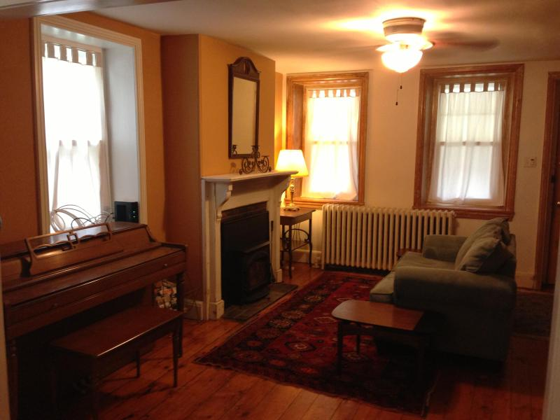 Historic 3 BR Home, newly renovated - Image 1 - Philadelphia - rentals