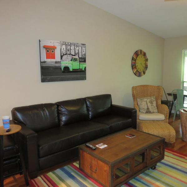 LIVING ROOM - 2 Bedroom Condo Across The Street From Zilker Park - Austin - rentals