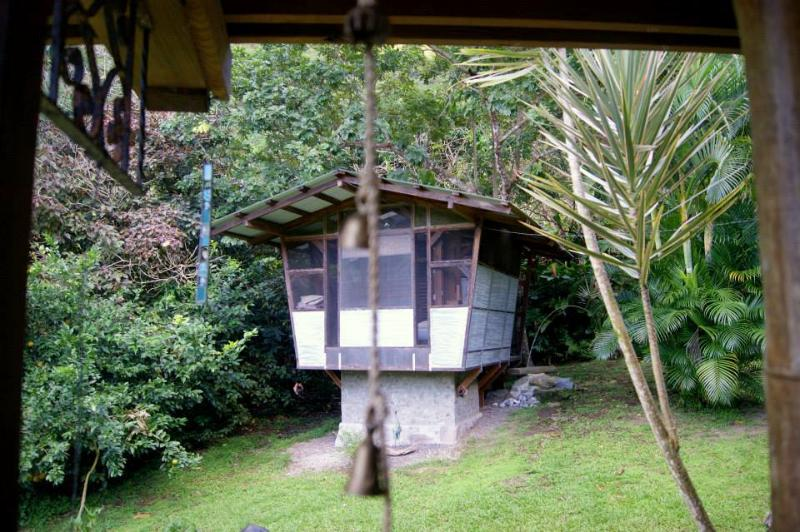 The Cottage in our garden - Romantic Birdhouse Cottage for 2 - Soufriere - rentals