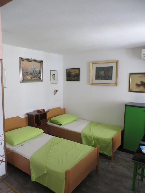 Guesthouse  Luna - Image 1 - Split - rentals