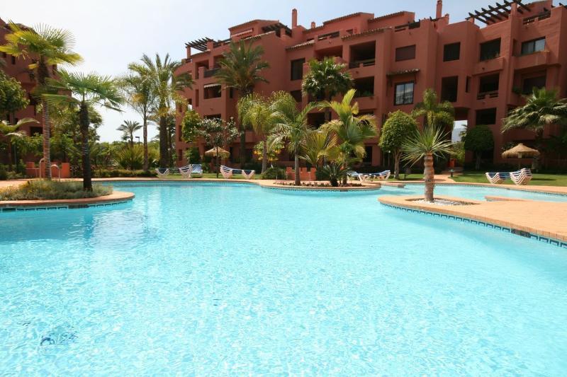 Alicate Playa, Marbella 758 - Image 1 - Marbella - rentals