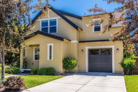 Welcome to 63 McKinley, a newer home in Bend Oregon - Newer Home in Old Mill District! Great Location, Quiet Neighborhood - Bend - rentals