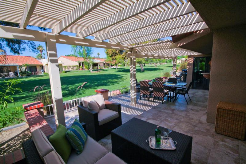 Stunning tiled patio -- 40 x 13 extra living space! - Resort Living with the Comforts of Home - Palm Desert - rentals