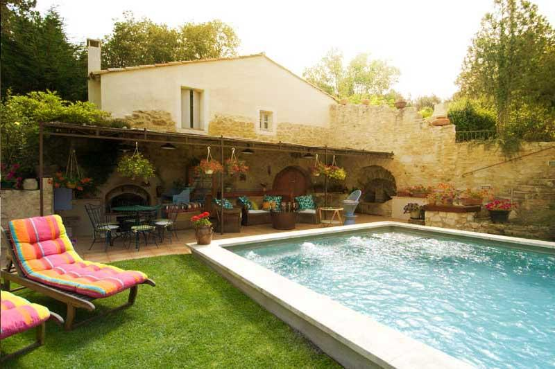 "New ""Le Nid Biscornu"" Romantic 1 Bedroom Rental with Hot Tub and WiFi, in St Remy at Provence Paradise - Image 1 - Saint-Remy-de-Provence - rentals"