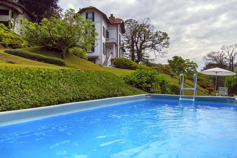 Villa Perla for rent in Laveno, Lake Maggiore Italy - Chic villa with pool overlooking the lake - Laveno-Mombello - rentals