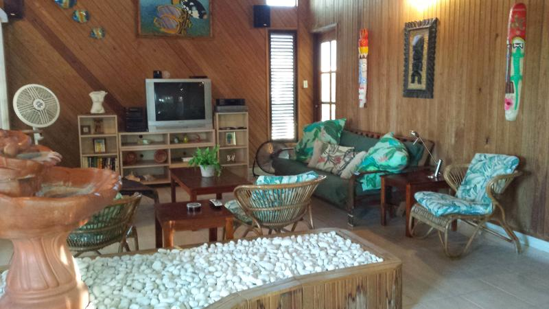 House close to town and beaches - Image 1 - Boqueron - rentals