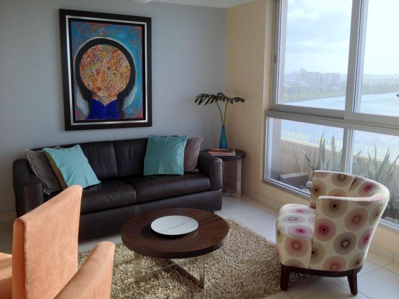 Livingroom - Beautiful Apartment in Condado Beach, San Juan - San Juan - rentals