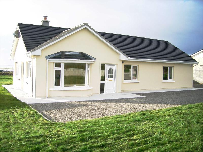 Front - Atlantic View Holiday Cottage - Fenit - rentals