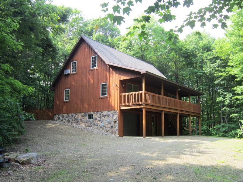 Lenga Hill Lodge - Photo June 2014 - Lenga Hill Lodge at Raystown Lake, PA - Huntingdon - rentals