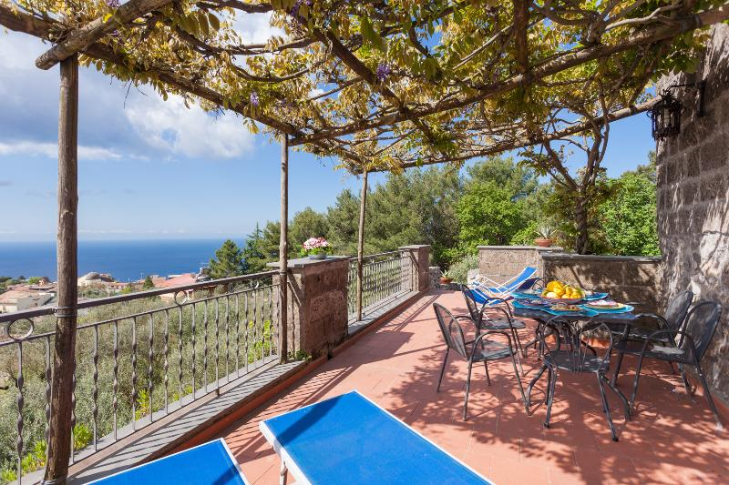 Antico Casale Ruoppo- Li Galli (Sorrento Coast) - Image 1 - Sant'Agata sui Due Golfi - rentals