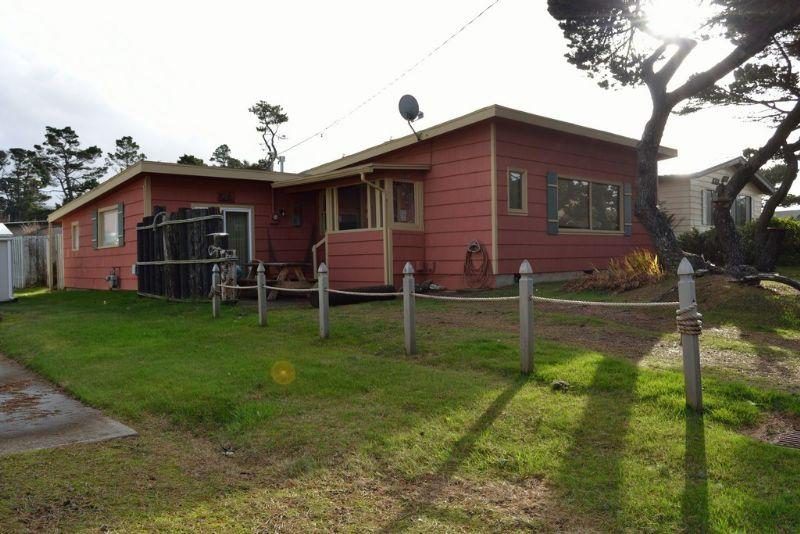 The Cabin At The Beach ~ RA5883 - Image 1 - Gleneden Beach - rentals