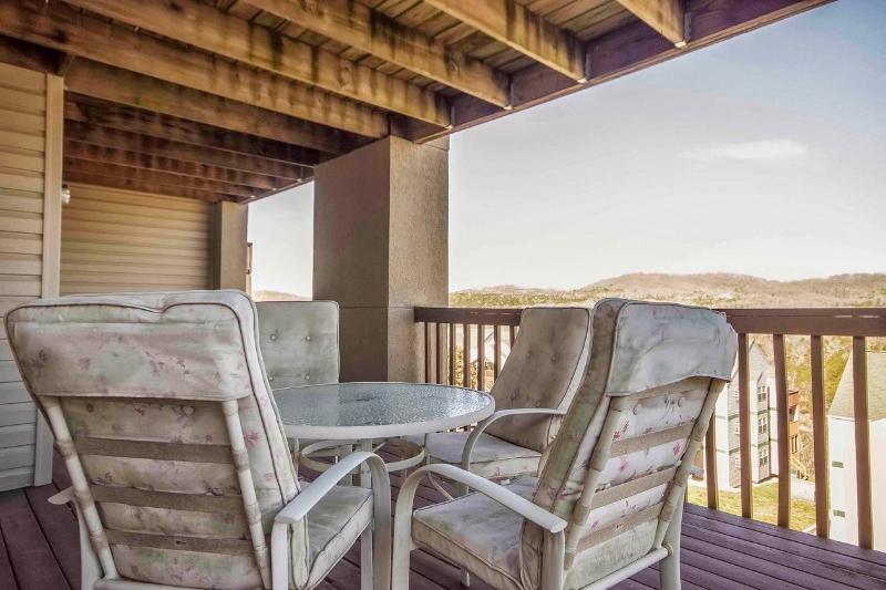 Branson Condo Rental | Eagles Nest | Indian Point | Silver Dollar City | 2-3 - Image 1 - Branson - rentals