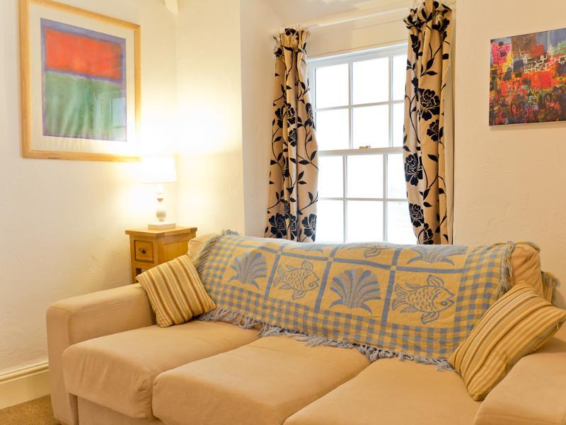 Comfortable sofa. - Sand Dune - Looe - rentals