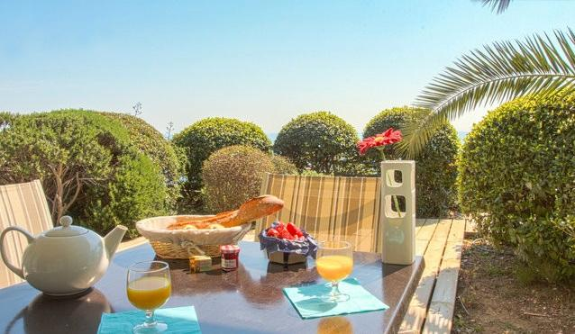 breakfast.. - Breathtaking View of the Cote d'Azur from Magnificent Vacation Rental - Cap d'Ail - rentals